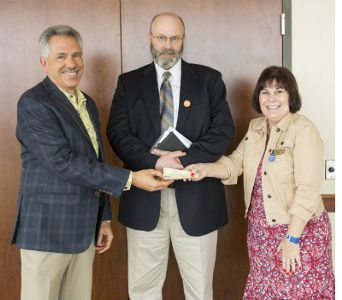 L-R Jeff Rose (Detour), John Bratten (Veteran, Recipient of Patriot Place Good Move Award 2014) and Kathleen Arndt (Patriot Place Program Director)